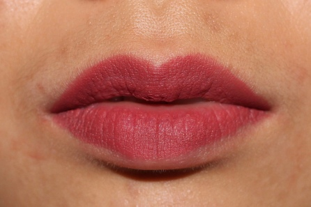 LE Studded Kiss Lipstick in Double Dare