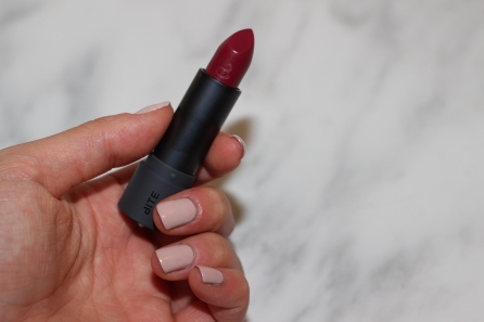 Amuse Bouche Lipstick in Beetroot