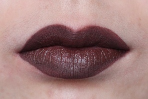 KVD Everlasting Liquid Lipstick in 'Crucifix'
